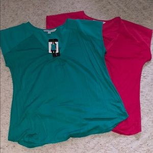 2 of the same tops, different color